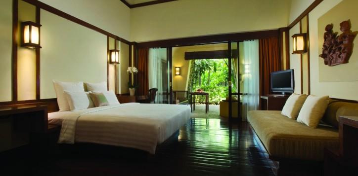 guestrooms-deluxeroom-2